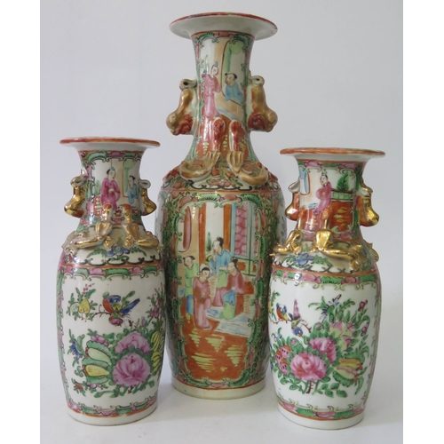 271b - A Nineteenth Century Cantonese Three Vase Garniture, 30/20cm...