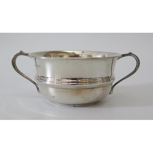 23b - A George V Silver Porringer, Birmingham 1933, Joseph Gloster Ltd., 60g...