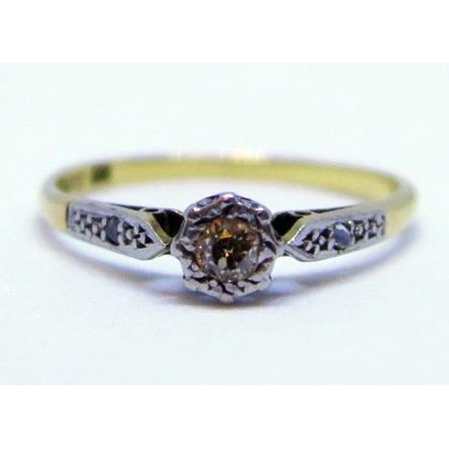 10 - An 18ct Gold and Diamond Solitaire Ring, size L.5, 1.7g...