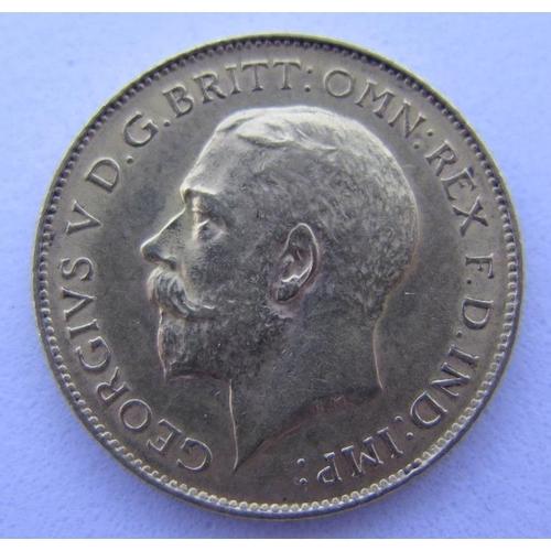 37 - A 1914 Gold Half Sovereign...