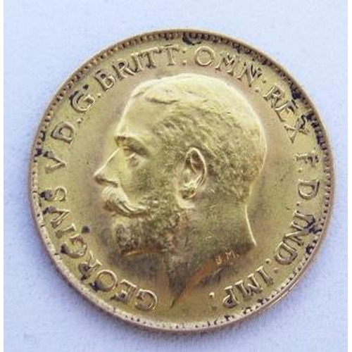 42 - A 1914 Gold Half Sovereign...