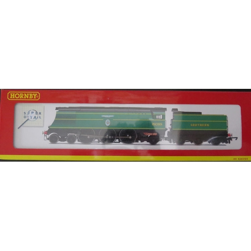 45 - A OO-Gauge Hornby R2283 SR 4-6-2 Battle of Britain Class Loco 'Fighter Pilot', boxed and appears unu...