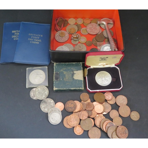 797 - A Selection of World Coins including Festival of Britain 1951 Crown, decimal coin packs and 61.3g of...