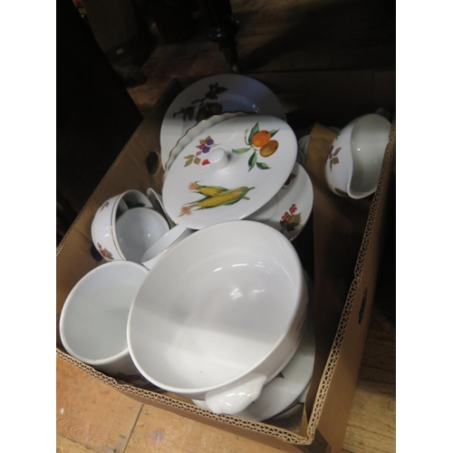 1325 - A Box of Royal Worcester Evesham table Ware and two boxes of Wedgwood white and gilt table ware etc....