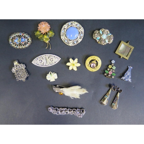 8 - A Selection of Costume Jewellery including grouse kilt pin, Scottish style brooch, etc.