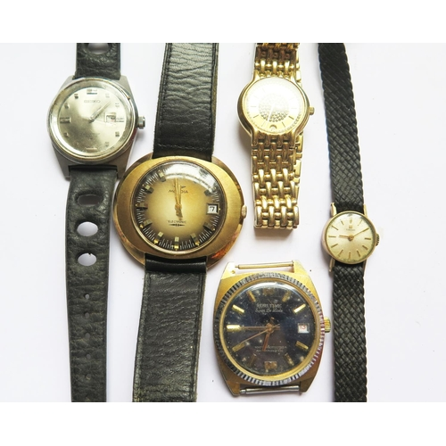 382 - A Selection of Wristwatches including TISSOT and SEIKO