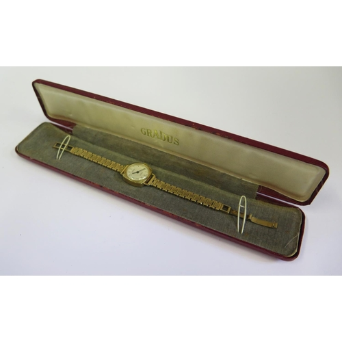 385 - A GRADUS 9ct Gold Ladies Wristwatch with 17 jewel movement, boxed and running