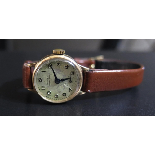 420 - A BUREN 9ct Gold Cased Lady's Writwatch, running, case back 2.3g