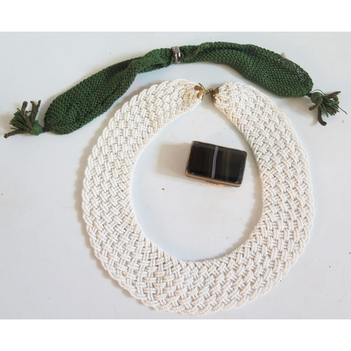 45 - A Banded Agate Box, bead necklace and purse...