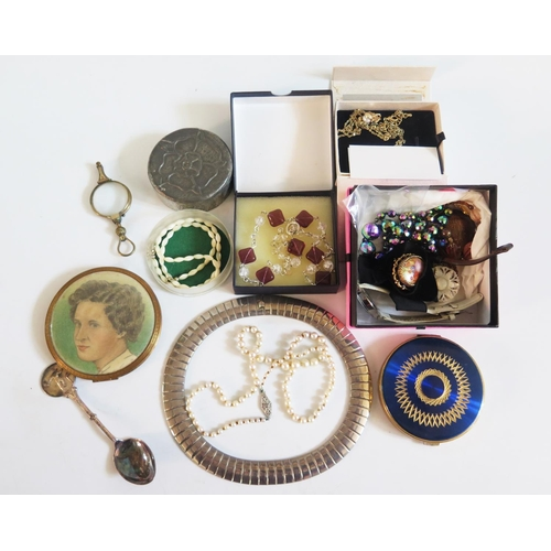 46 - Compacts, lorgnette and costume jewellery...