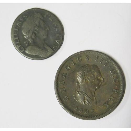 472 - A George III 1807 Britannia and William III Half Penny