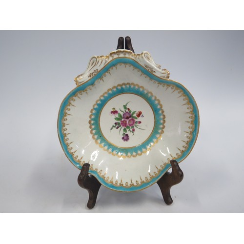1305 - An Early 19th Century Porcelain Dish, unmarked, 19.5cm wide