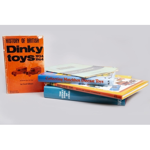 35 - HISTORY OF BRITISH DINKY TOYS AND OTHER BOOKS...