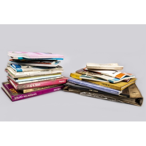 42 - COLLECTION OF MOTORING BOOKS AND MANUALS...