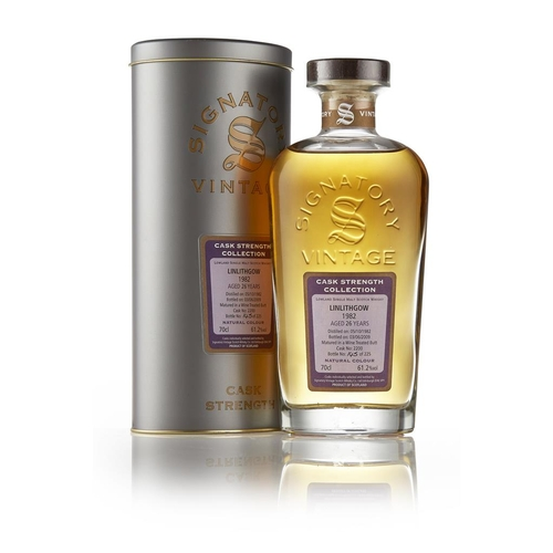 57 - LINLITHGOW 1982 26 YEAR OLD - SIGNATORY VNITAGE <br> <br>DISTILLERY CLOSED 1983 (ST. MAGDALENE)  <br...