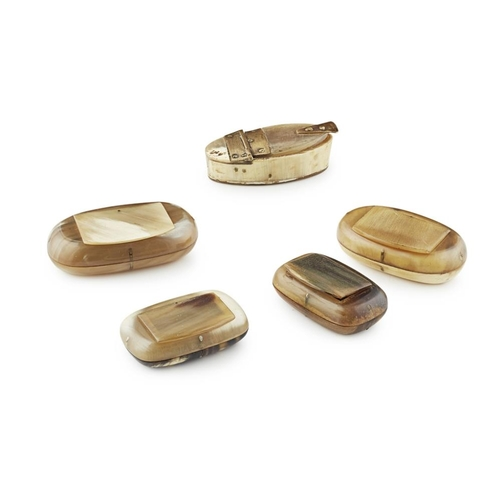 37 - FIVE HORN SNUFF BOXES<br><br>19TH CENTURY <br><br>each of rounded oblong form, comprising four with ...
