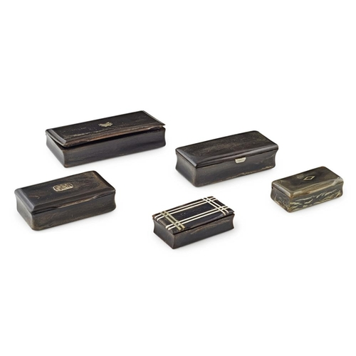 45 - FIVE HORN SNUFF BOXES<br><br>19TH CENTURY <br><br>each of rectangular form, three with white metal p...