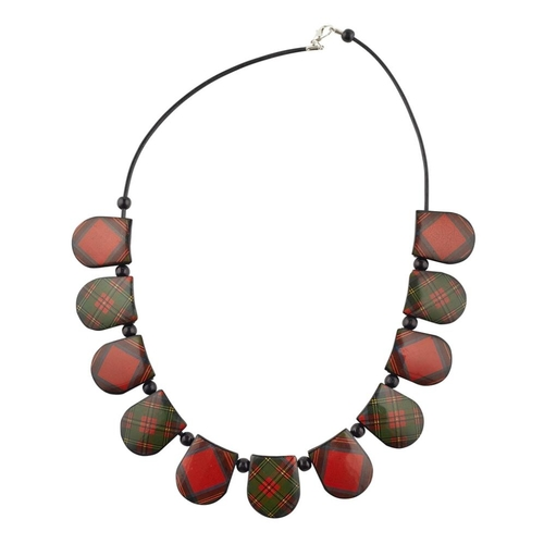 46 - A MAUCHLINE TARTANWARE NECKLACE<br><br>LATE 19TH CENTURY <br><br>comprising eleven links on a later ...