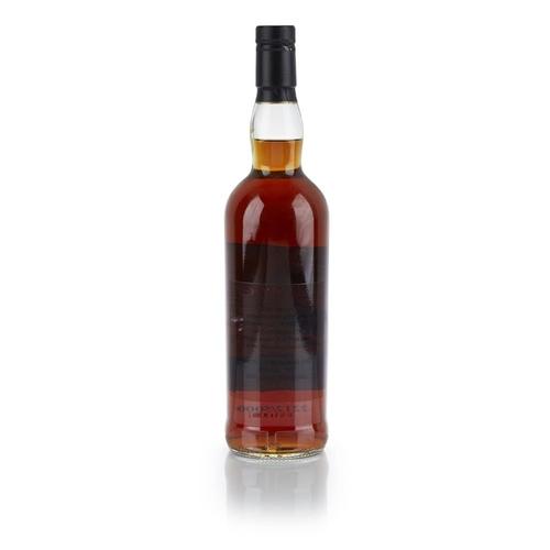 630 - THE MACALLAN PRIVATE EYE <br> <br>cask number 1580, bonded 1961, bottle number 2212 of 5000, bottled...