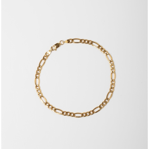 51 - A 9CT GOLD FIGARO CHAIN A 21cm long Figaro chain crafted in 9ct yellow gold weighing 2.25 grams....