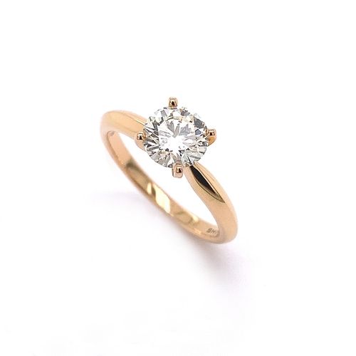 106 - A 4 CLAW CLASSIC SOLITAIRE DIAMOND ENGAGEMENT RING <br /><br />4 Claw Classic Solitaire Diamond Enga...