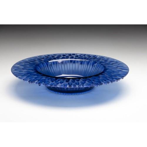 976 - A LALIQUE BLUE 'FLORA BELLA' DISH, CIRCA 1930