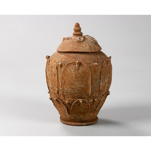 1005 - A CHINESE POTTERY 'LOTUS' JAR AND COVER, SONG DYNASTY, 960 - 1279
