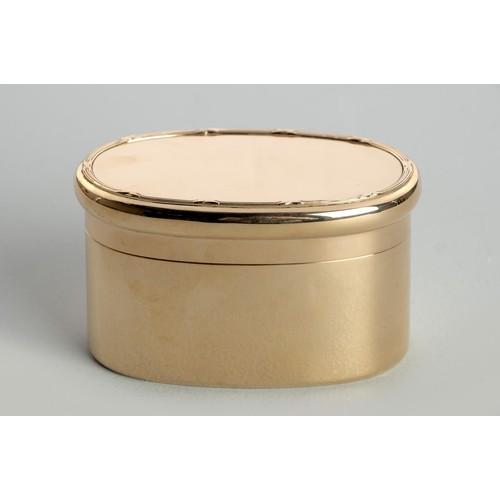 1124 - A GEORGE V 9CT GOLD SOAP BOX, JOHN COLLARD VICKERY, LONDON, 1911