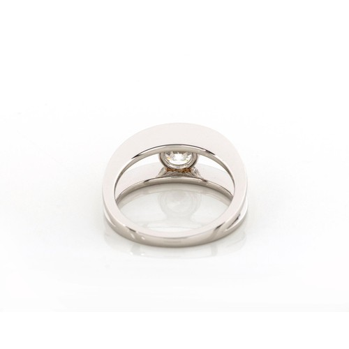 594 - A DIAMOND SOLITAIRE RING, SHIMANSKY