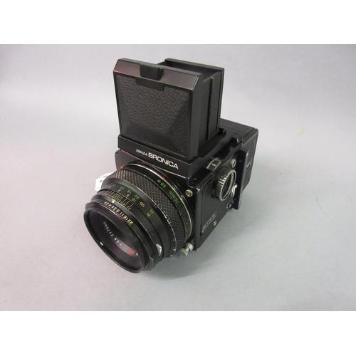 106 - Bronica ETRS medium format roll film camera with 75mm lens...