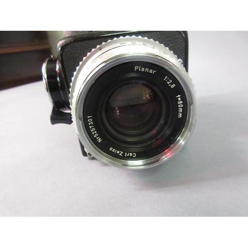 108 - Hasselblad 500C/M medium format roll film camera...
