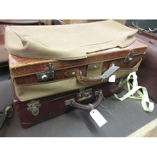 120 - Three various early 20th Century suitcases...