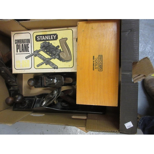 138 - Stanley No. 6 Bailey plane, another Stanley No. 4 plane, another by Acorn and two boxed planes...