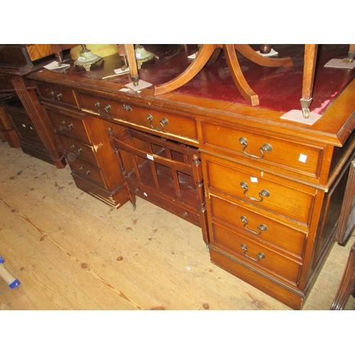 1889 - Reproduction oak pedestal desk (at fault)...