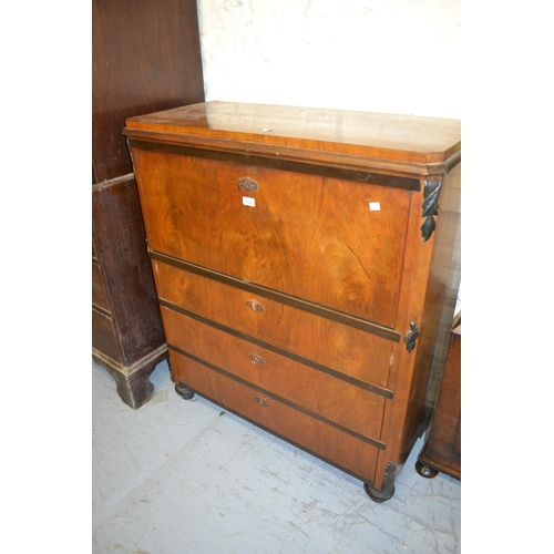1900 - 19th Century Continental walnut Biedermeier type secretaire chest, the fall front enclosing a well f...