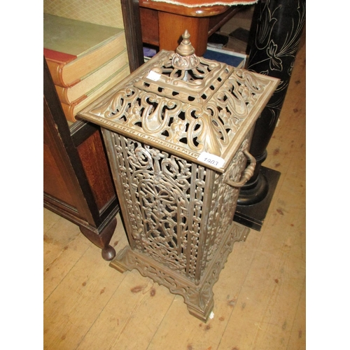 1903 - 19th Century cast iron cathedral heater by Albion Lamp Co. Ltd...