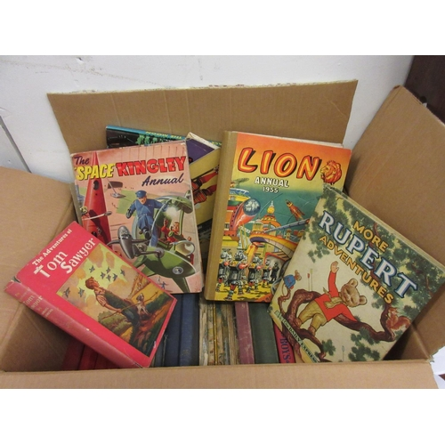 559 - Quantity of various children's books including Rupert...