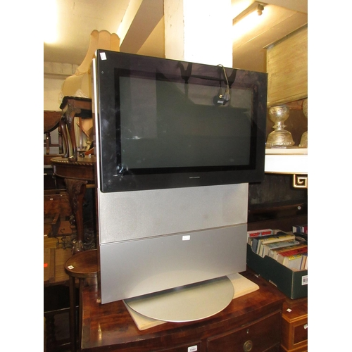 69 - Bang and Olufsen Beovision Avant 28 DVD television on stand...