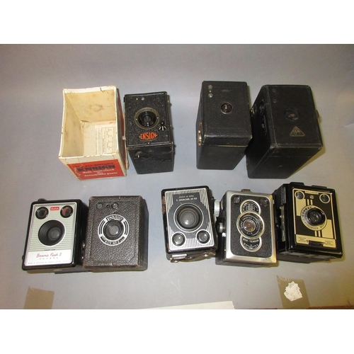 95 - Kodak Brownie Flash 2 box camera, Brownie E Ensign box camera in original packaging and five other v...