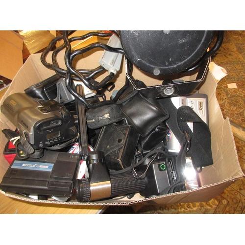 96 - Quantity of modern pocket cameras, cine cameras, flash guns and other photographic accessories inclu...