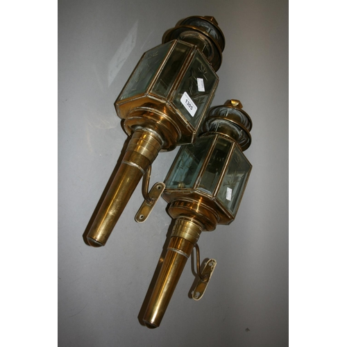 1305 - Pair of 19th Century brass carriage lamps with brackets...