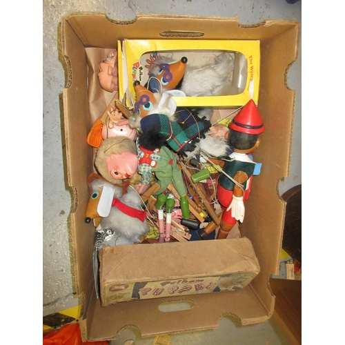 133 - Box containing a quantity of various Pelham puppets including Wombles...