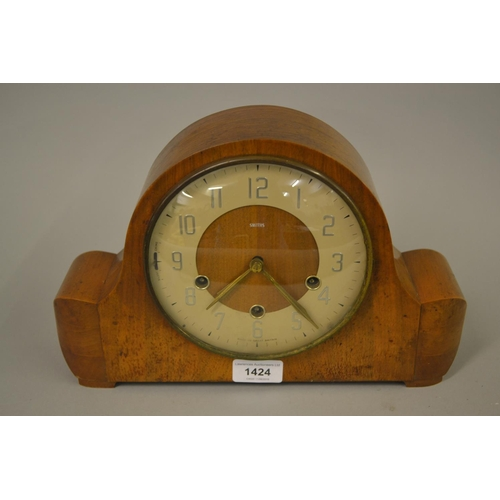 1424 - Mid 20th Century Smiths three train walnut mantel clock...