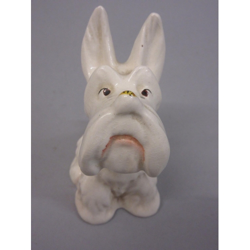 652 - Beswick figure of a Scottie dog gazing at an insect on it's nose...