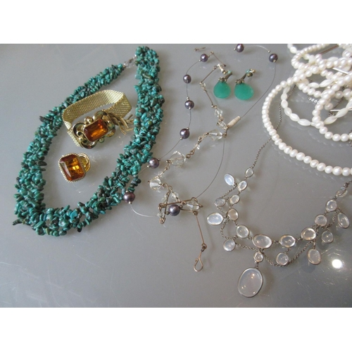 897 - Large turquoise necklace and various other costume jewellery etc....