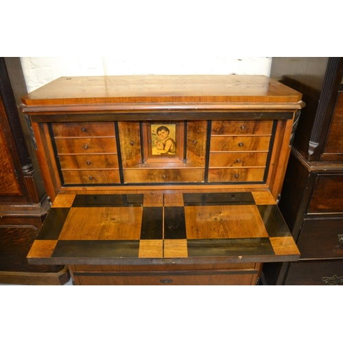 2021 - 19th Century Continental walnut Biedermeier type secretaire chest, the fall front enclosing a well f...