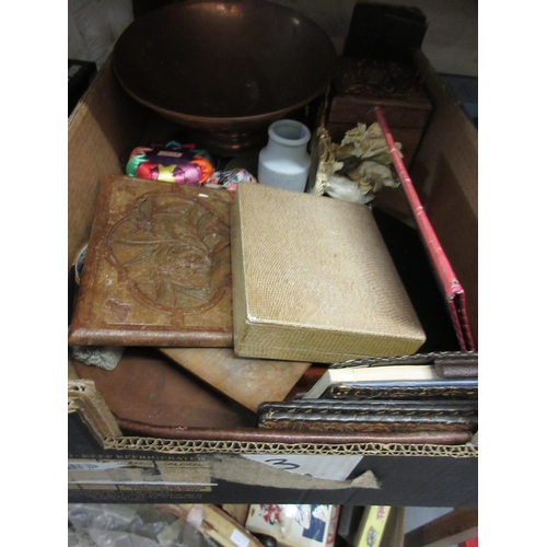 101 - Various wooden boxes, leather wallets etc...