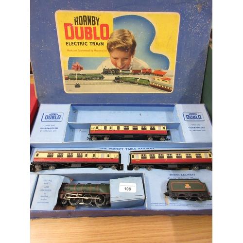 108 - Horby Dublo boxed Duchess of Montrose, passenger trainset...