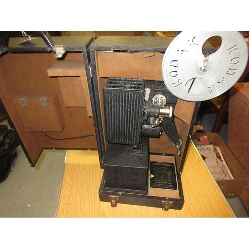 112 - 20th Century Kodascope model EE film projector...