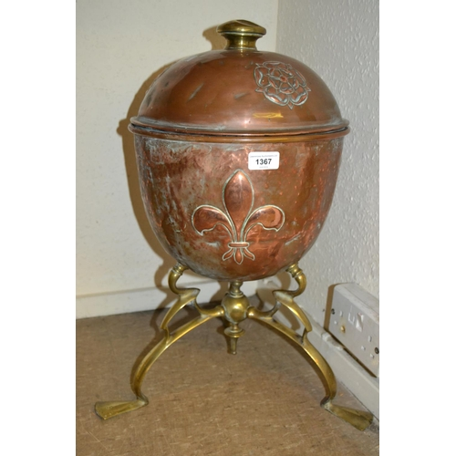 1367 - Art Nouveau brass and copper coal container of Arts and Crafts design decorated with a Tudor rose an...